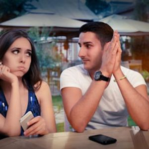 How To Tell If You're Wasting Time Talking To A Girl In A Bar…