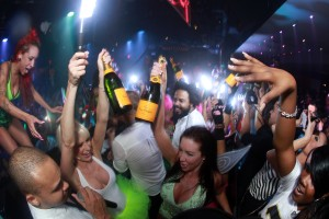 8 Keys To Bottle Service (From a Bottle Service Girl's Perspective)